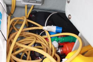 51' Leopard 51 PC 2014 Shore Power Cable View (2)