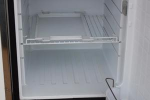 51' Leopard 51 Pc 2014 Wet Bar Fridge (1)