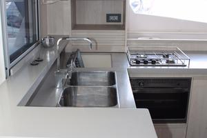 51' Leopard 51 Pc 2014 Galley View (1)