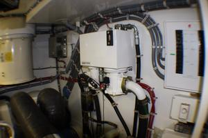 80' Hatteras 80 Motor Yacht 2005 Engine Room