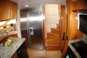 80' Hatteras 80 Motor Yacht 2005