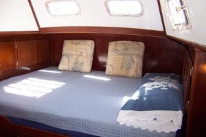 50' Gulfstar Center Cockpit Sloop 1977 50 Gulfstar CC Aft MasterCabin
