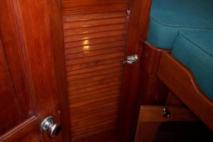 50' Gulfstar Center Cockpit Sloop 1977 50 Gulfstar CC FWD Guest Cabin Closet