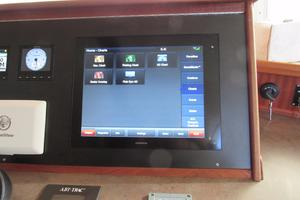 48' American Tug 485 2015 Garmin Touch Screen