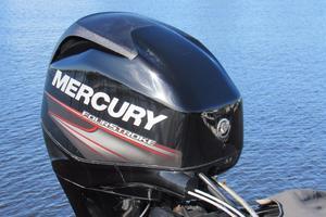48' American Tug 485 2015 40 hp Mercury