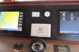 48' American Tug 485 2015 Garmin Touch Screen Chartplotter