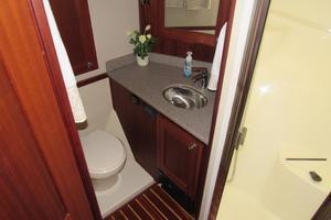 48' American Tug 485 2015 Guest Head