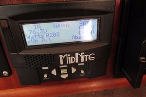 48' American Tug 485 2015 Solar Panel Monitor