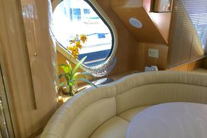 52' Bluewater Yachts millennium 2001 Post hole
