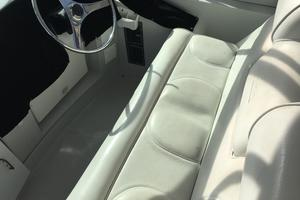 52' Bluewater Yachts millennium 2001 Helm seating