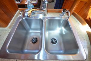 60' Shannon 53 HPS 60 Motorsailor 2010 Double Sink