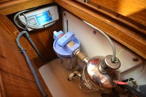 60' Shannon 53 HPS 60 Motorsailor 2010 Water Purifier