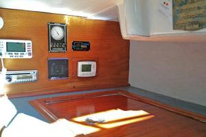 40' Bristol 40 sloop 1972 Navigation Station w/duplicity electronics