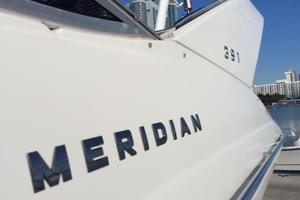 40' Meridian 391 Sedan 2011