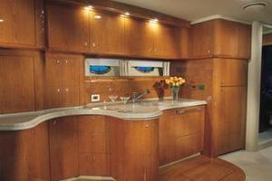 50' Sea Ray 510 Sundancer 2001 Manufacturer Provided Image: 510 - galley