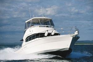 47' Riviera 47 Open Flybridge Series II 2008 Manufacturer Provided Image: Cruising