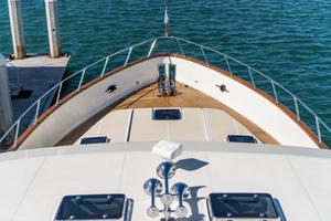 76' Offshore Yachts 76' Motoryacht 2007 Bow