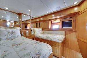 76' Offshore Yachts 76' Motoryacht 2007 VIP Cabin