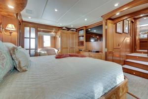 76' Offshore Yachts 76' Motoryacht 2007 Master 3