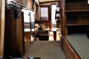 55' Navigator 55 Pilothouse 2012 Fly Bridge Access from Pilothouse