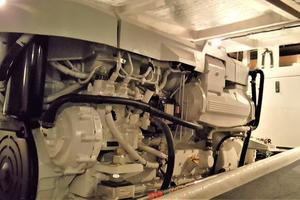 55' Navigator 55 Pilothouse 2012 Starboard Engine