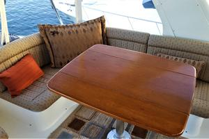 55' Navigator 55 Pilothouse 2012 Fly Bridge Port Side Lounge