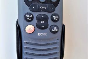 55' Navigator 55 Pilothouse 2012 Raymarine RayMIC VHF Radio