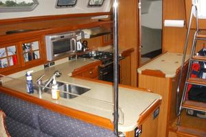 49' Hunter 49 2007 Galley with 4 refrigiration units