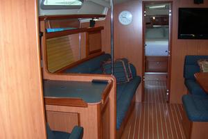 49' Hunter 49 2007 Looking forward port side