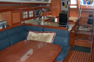 49' Hunter 49 2007 Looking aft from main salon