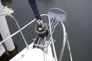49' Hunter 49 2007 Note Rocna 73 lb anchor