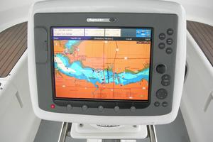 49' Hunter 49 2007 Raymarine e120