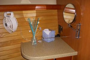 49' Hunter 49 2007 Owner's stateroom