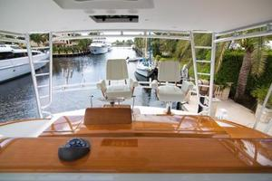 71' Jim Smith Custom Convertible 2011 Flybridge Helm