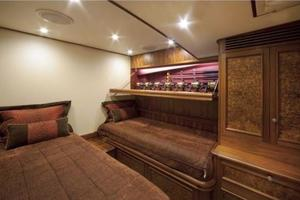 71' Jim Smith Custom Convertible 2011 Guest Stateroom