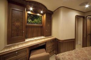 71' Jim Smith Custom Convertible 2011 Master Stateroom
