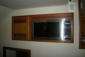 Isla Verde is a Cabo Flybridge Yacht For Sale in Stuart -Panasonic Convection Oven-26