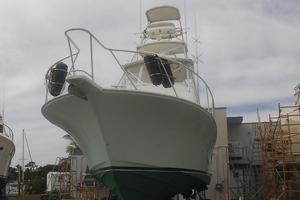 Isla Verde is a Cabo Flybridge Yacht For Sale in Stuart -Just in for her bottom to be painted.-5