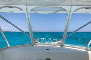 40' Cabo Flybridge 2005 Clear View of Paradise