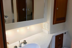 Isla Verde is a Cabo Flybridge Yacht For Sale in Stuart -Master Head and Shower-39