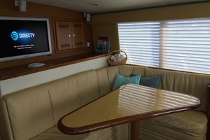40' Cabo Flybridge 2005 Without Cover