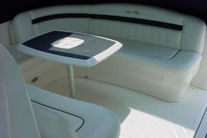 38' Sea Ray 380 DA HARDTOP SUNDANCER 2007 Photo 3