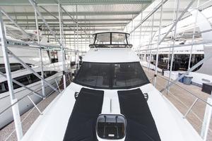 44' Meridian 441 Sedan 2013