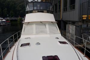 49' Alden Flybridge Express 49 2007 Foredeck 2