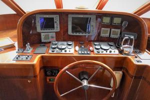 55' Hampton 558 Pilothouse 2005