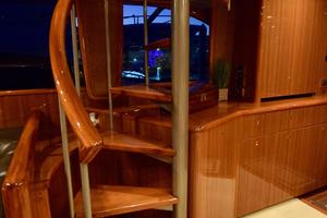 64' Viking Enclosed Bridge 2008 Spiral Staircase to Bridge