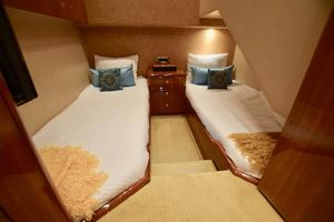 64' Viking Enclosed Bridge 2008 Aft Starboard Guest Stateroom