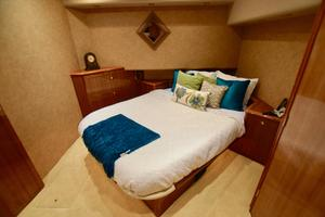 64' Viking Enclosed Bridge 2008 Master Stateroom