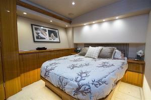 55' Viking Convertible 2014 Master Stateroom
