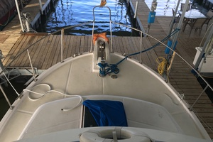 38' Marine Trader Double Cabin 1986 Midas Touch 1986 Marine Trader 38 Double Cabin Exterior Bow.JPG
